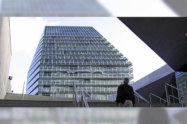 Vis-à-vis des Basler Fußballstadions sollen fünf Hochhäuser entstehen