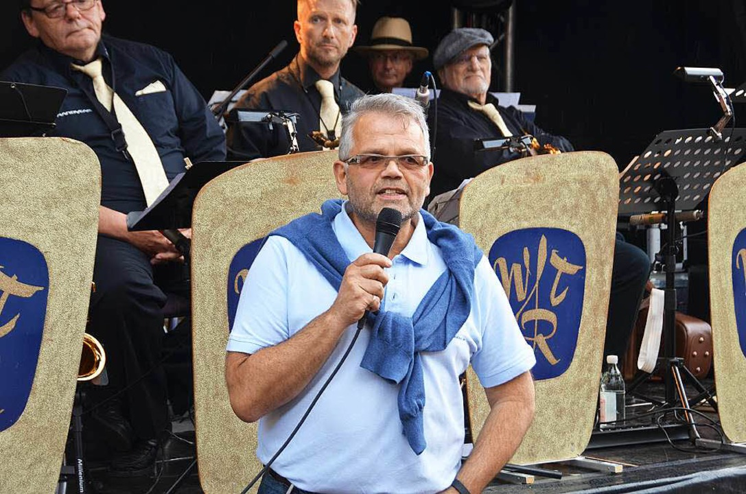 WGW-Chef Uwe Klos begrüßt