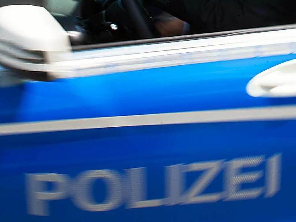 Die Polizei ermittelt, nachdem eine 13-Jährige von einem Mann bedroht wurde.  | Foto: dpa
