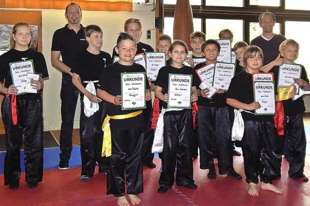 Elztäler Karatekids absolvieren Prüfungen