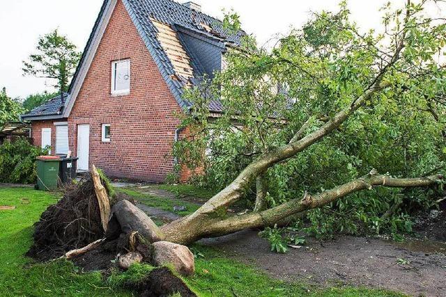 Unwetter-Gefahr bleibt hoch – Gewitter in Südbaden, Tornado in Hamburg