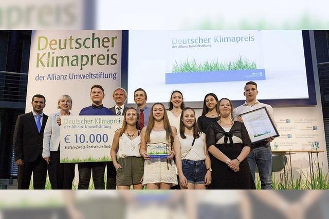 Realschüler der Stefan-Zweig-Schule erhalten Deutschen Klimapreis 2016