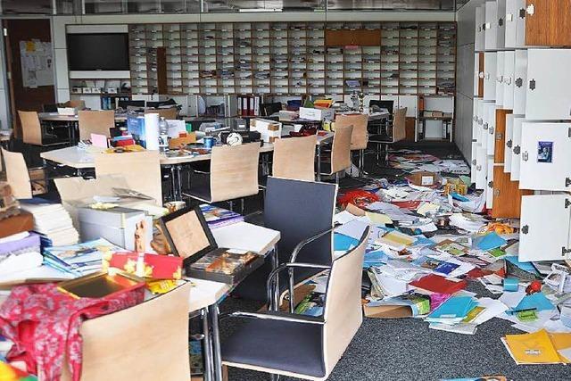 Einbrecher verwüsten Lehrerzimmer des Faust-Gymnasiums
