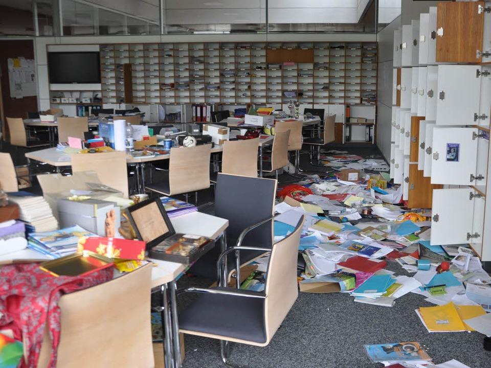 Totales Chaos im Staufener Lehrerzimmer  | Foto: Rainer Ruther