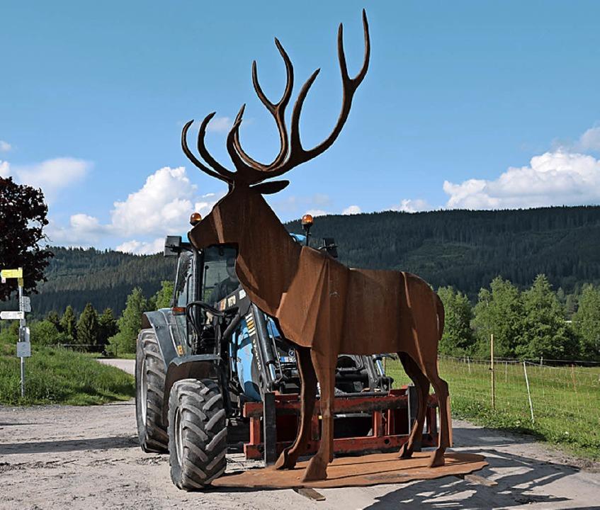 Mit dem Traktor zum Standplatz  | Foto: Evamarie Kurfess