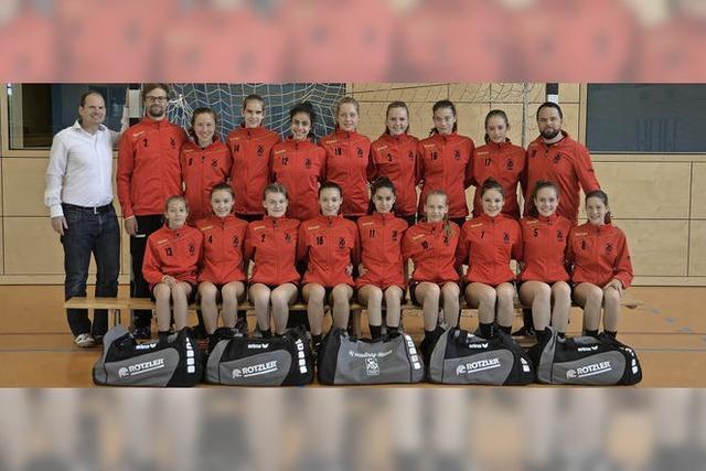Junge Handballerinnen schaffen meisterliches Triple