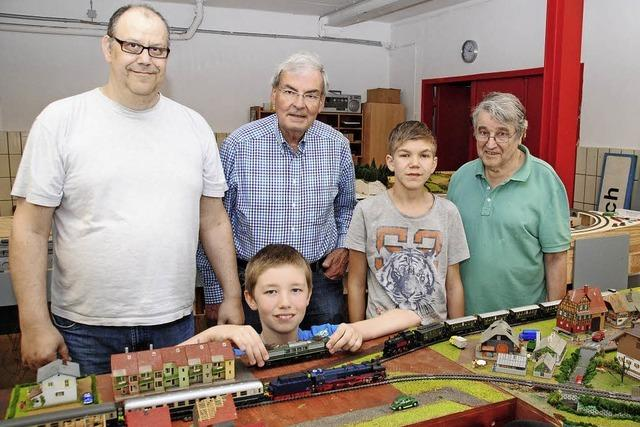 Eisenbahn AG der Leopoldförderschule hat sich Modelleisenbahnclub angeschlossen