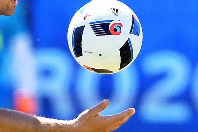Kulturelles Aufwärmen für EM-Fußballverrückte
