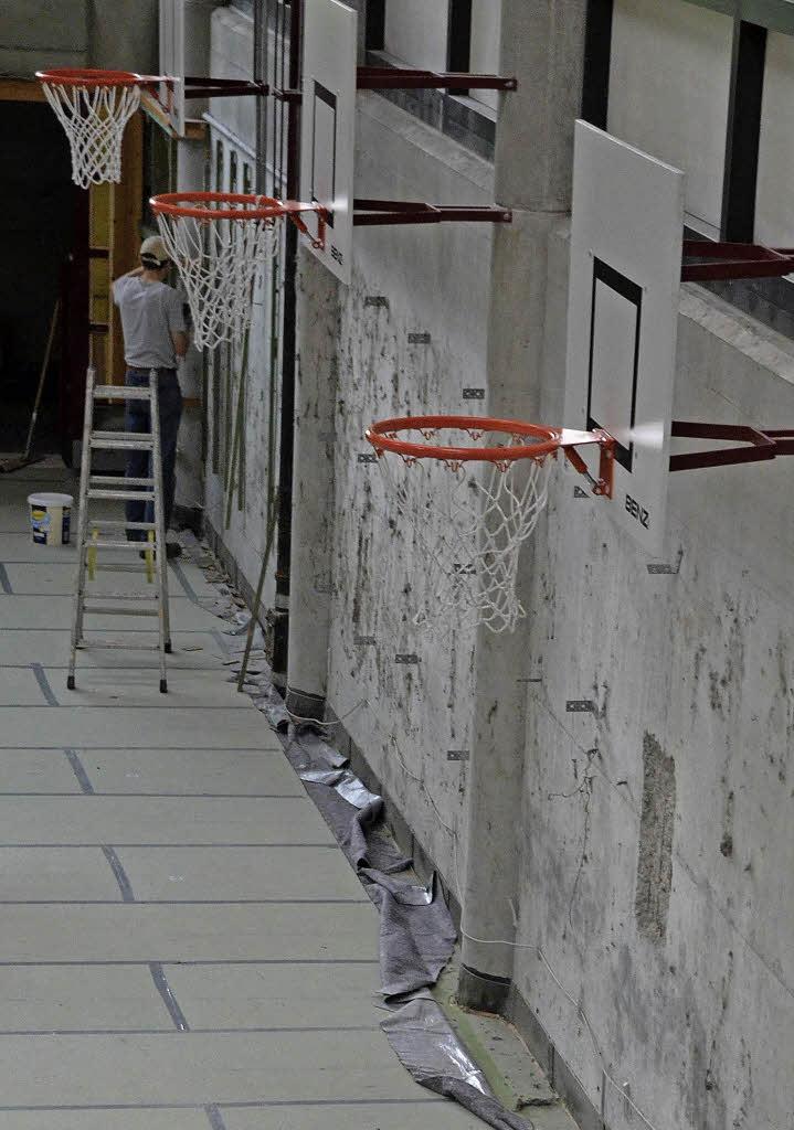 gundelfinger sporthalle wird saniert gundelfingen badische zeitung. Black Bedroom Furniture Sets. Home Design Ideas