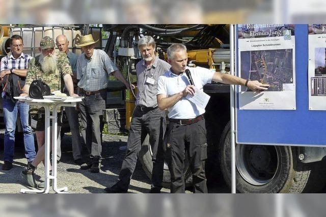 Bürger informieren sich auf Baustelle