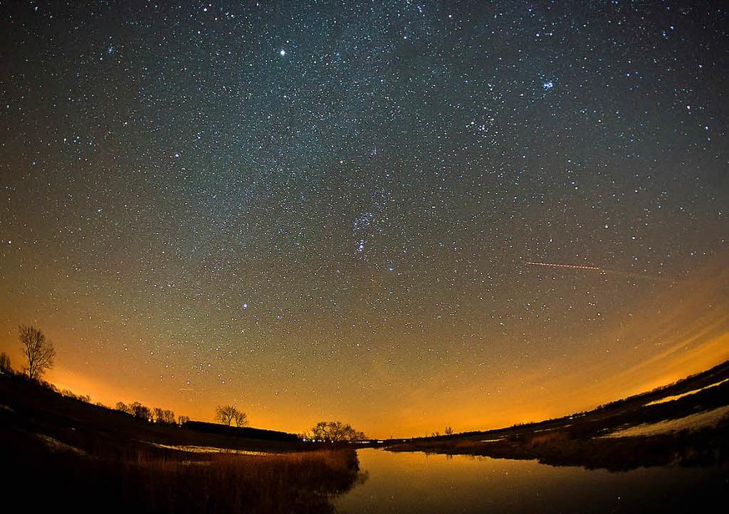 So klar wie hier in Brandenburg ist der Nachthimmel nicht überall.   | Foto: dpa