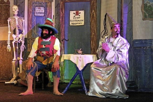 Karten gewinnen fürs Theaterzelt am Messeplatz