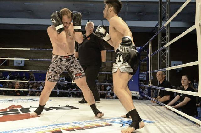 Großer Andrang bei 4. Freiburger Champions Fight Night