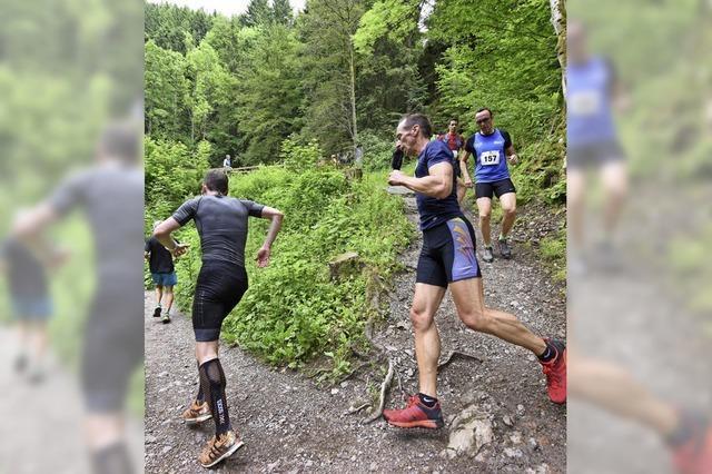 Stefanie Doll und Tilo Minges gewinnen den X-Trail-Run in Breitnau