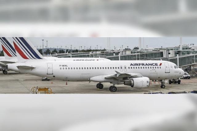 Tausende Passagiere von Streiks betroffen