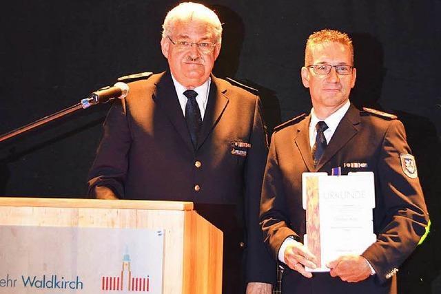 Deutsches Feuerwehr-Ehrenkreuz für Christian Klein
