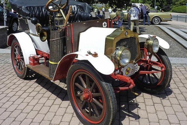 Alte Fahrzeuge in Badenweiler