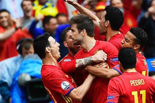 Gerard Piqué rettet Spanien den Auftaktsieg