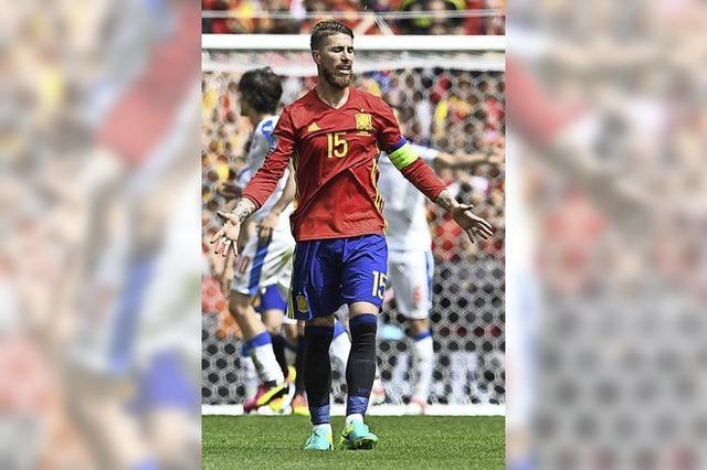 Spanien gewinnt mit Ach und Krach gegen Tschechien