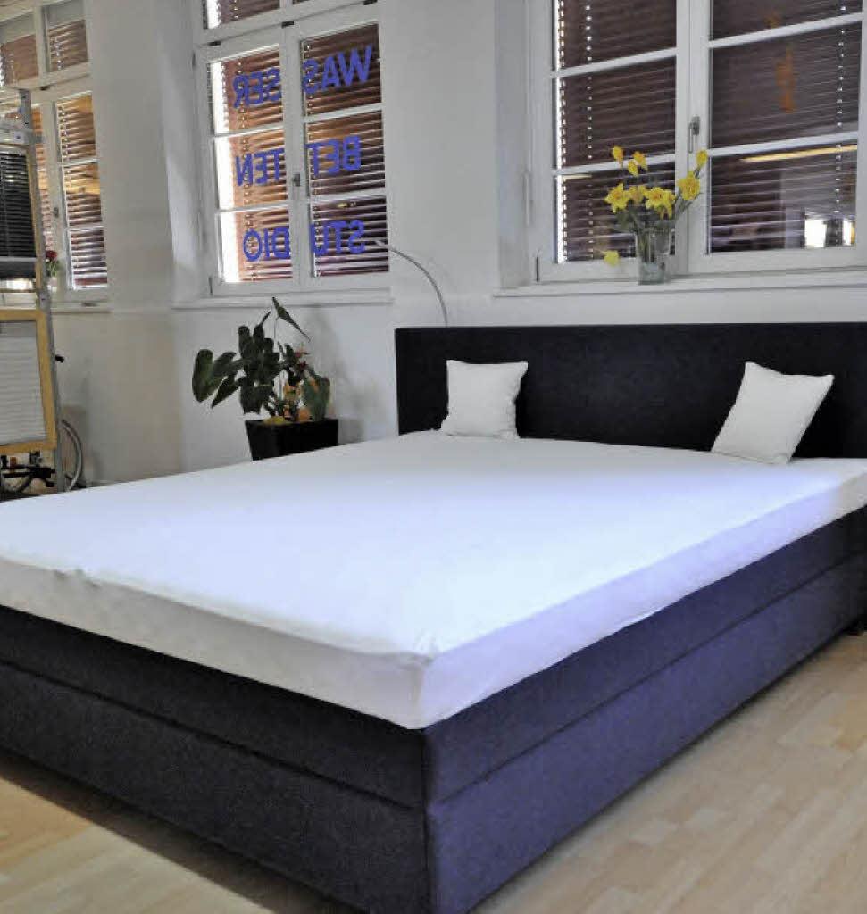 wasserbett auch als boxspring kollektive badische zeitung. Black Bedroom Furniture Sets. Home Design Ideas