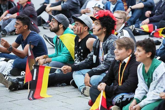 Public Viewing auf dem Lahrer Rathausplatz