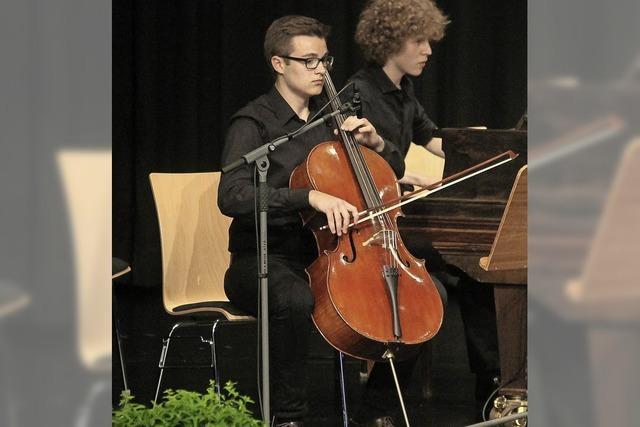 Chor und Orchester des Schillergymnasiums in der Martinskirche