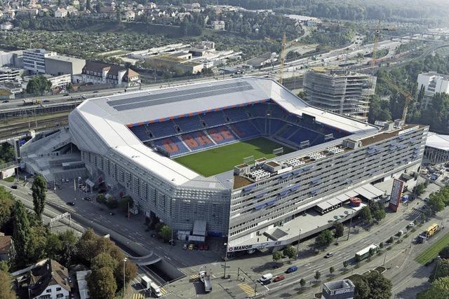 FC Basel lädt in das Stadtion im St. Jakob-Park ein