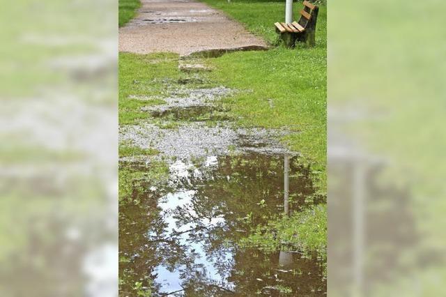 Dauerregen führt zu Absage von