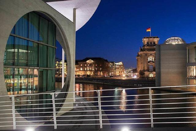 Berlin und Bonn: Dauerzoff um doppelte Hauptstadt