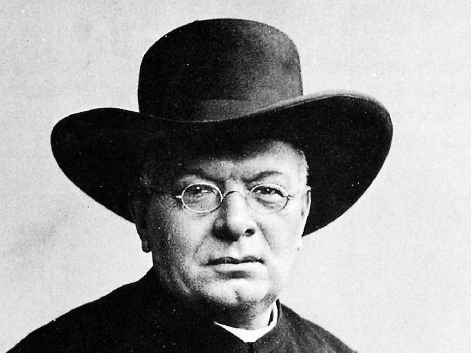 Immer mit  einem großen, schwarzen Hut: Heinrich Hansjakob im Jahr 1907  | Foto: -