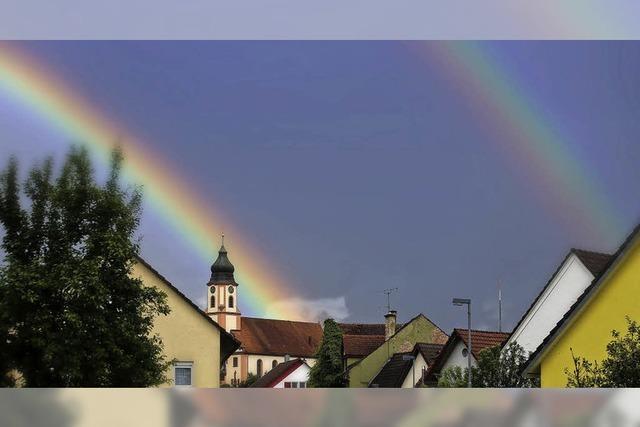 Doppelter Regenbogen über Altdorf