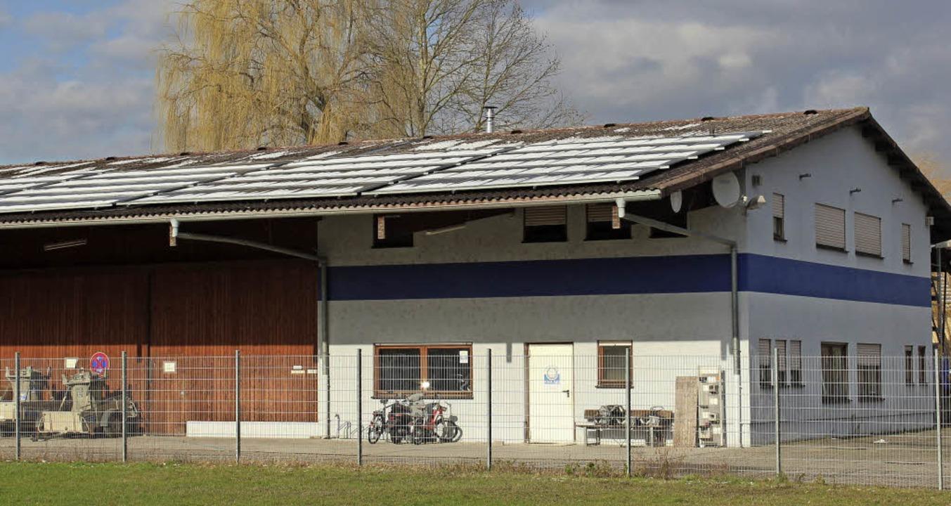 Dieser Gewerbebau in den Schlossmatten soll  Flüchtlinge aufnehmen.     Foto: mario schöneberg