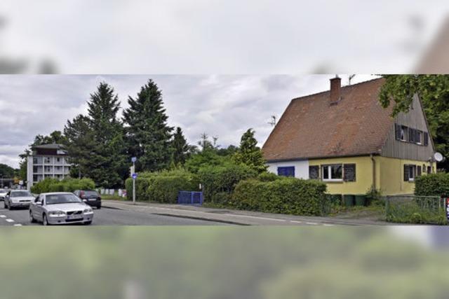 Die Stadtbau will an der Elsässer Straße alte Doppelhäuser abreißen