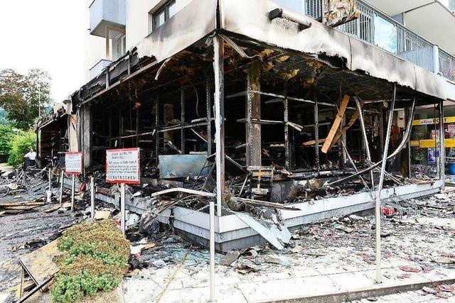 Nach dem Brand eines Modellbauladens ist die Ursache noch unklar