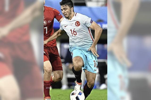 Die Türkei schlägt Tschechien 2:0 und hofft