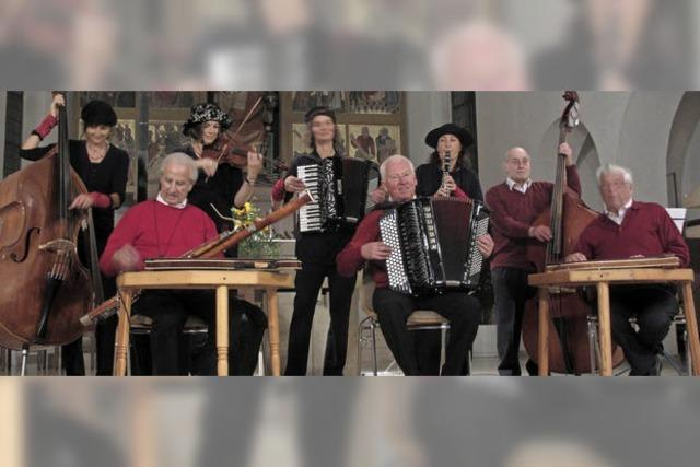 Moll und Dur. Olga B. und Hölzlebrucker Stubenmusik in Titisee-Neustadt