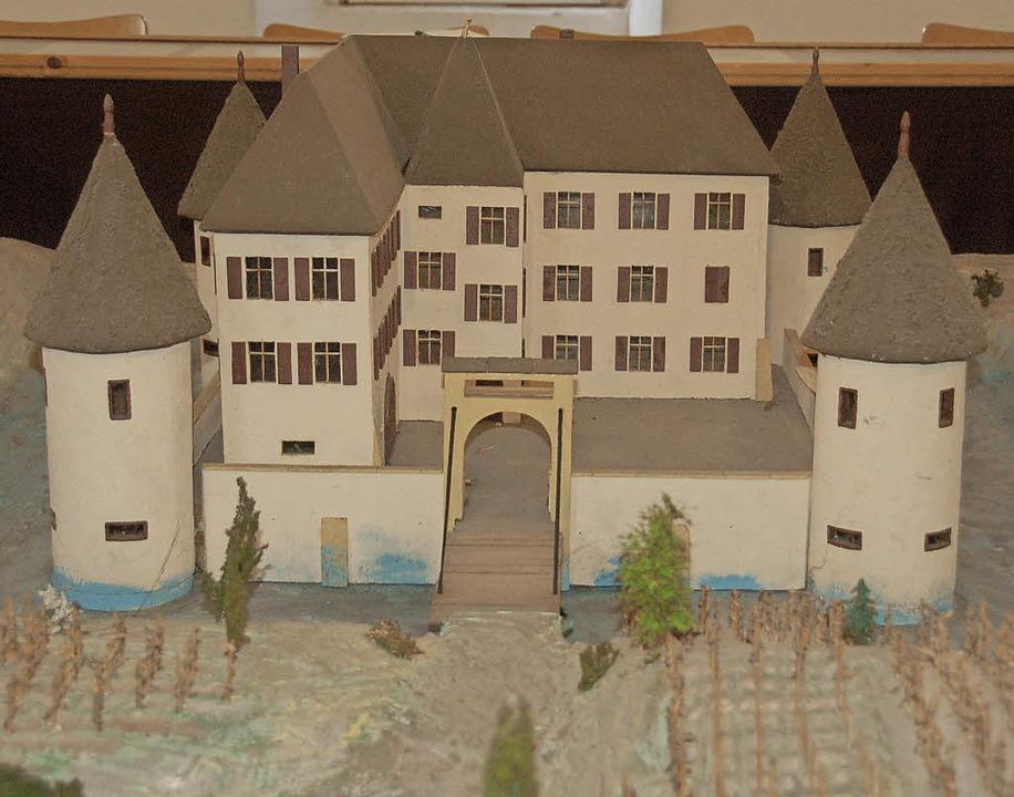 Das Modell des Kirchhofener Schlosses    Foto: Andrea Gallien