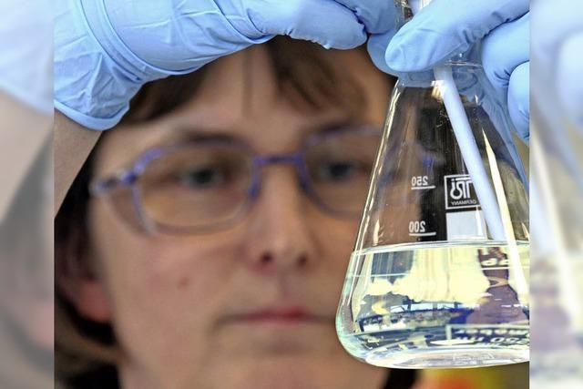 Mitarbeiter der Chemie bekommen mehr Geld als die Metaller