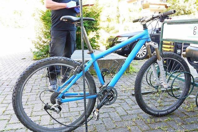 Nach Übergriff auf Mädchen: Rad gefunden – Polizei sucht Zeugen