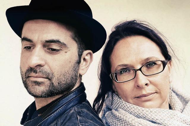 Drei Vollblutmusiker spielen Klassiker der Rockgeschichte