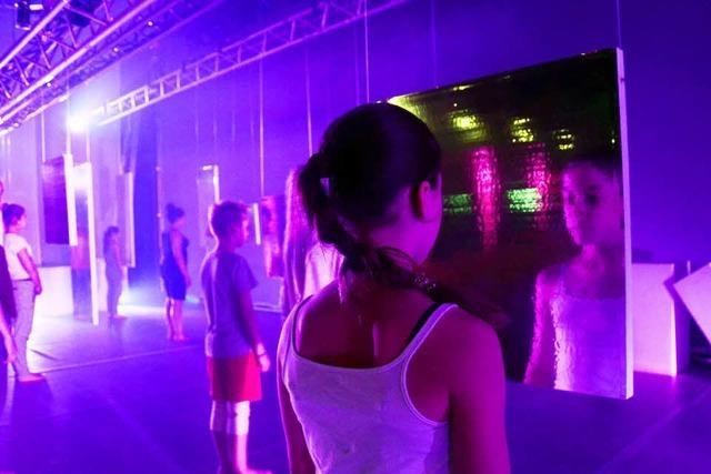 Kunstschule und Projektbündnis Tanz laden in die Reithalle ein