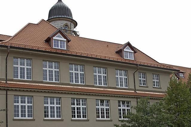 112 Prüflinge bestehen die Abiturprüfungen am Schiller