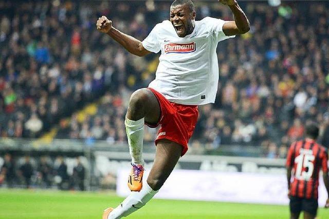 SC-Stürmer Karim Guédé über Erfolgschancen der Slowakei im Achtelfinale