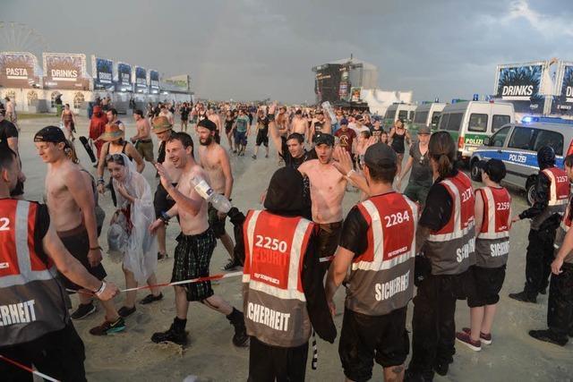Blitze, Sturm und Hagel: Hurricane- und Southside-Festivals wegen Unwettern unterbrochen