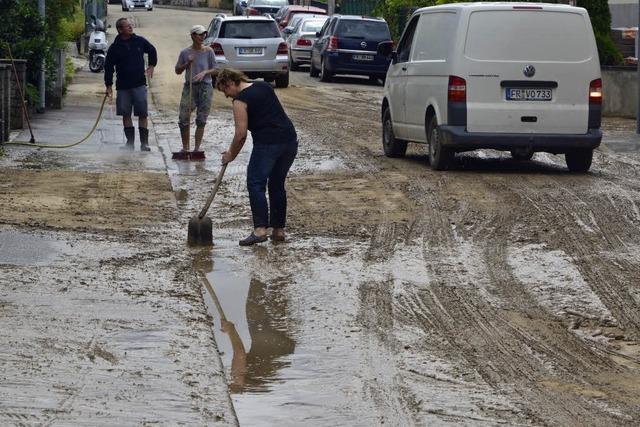 Überschwemmte Straßen, vollgelaufene Keller - 117 Einsätze durch Unwetter in Freiburg