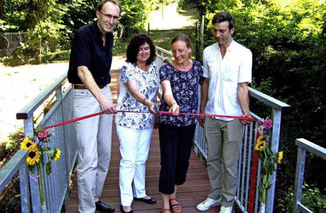 Über die offizielle Steg-Eröffnung fre...eg) und Architekt Moritz Brandenburg.   | Foto: Hans Sigmund
