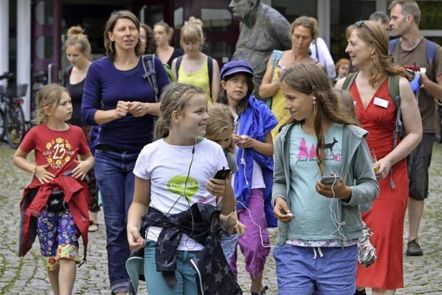 Kinder erstellen Audio-Guides fürs Handy - Wie klingt der Freiburger Osten?