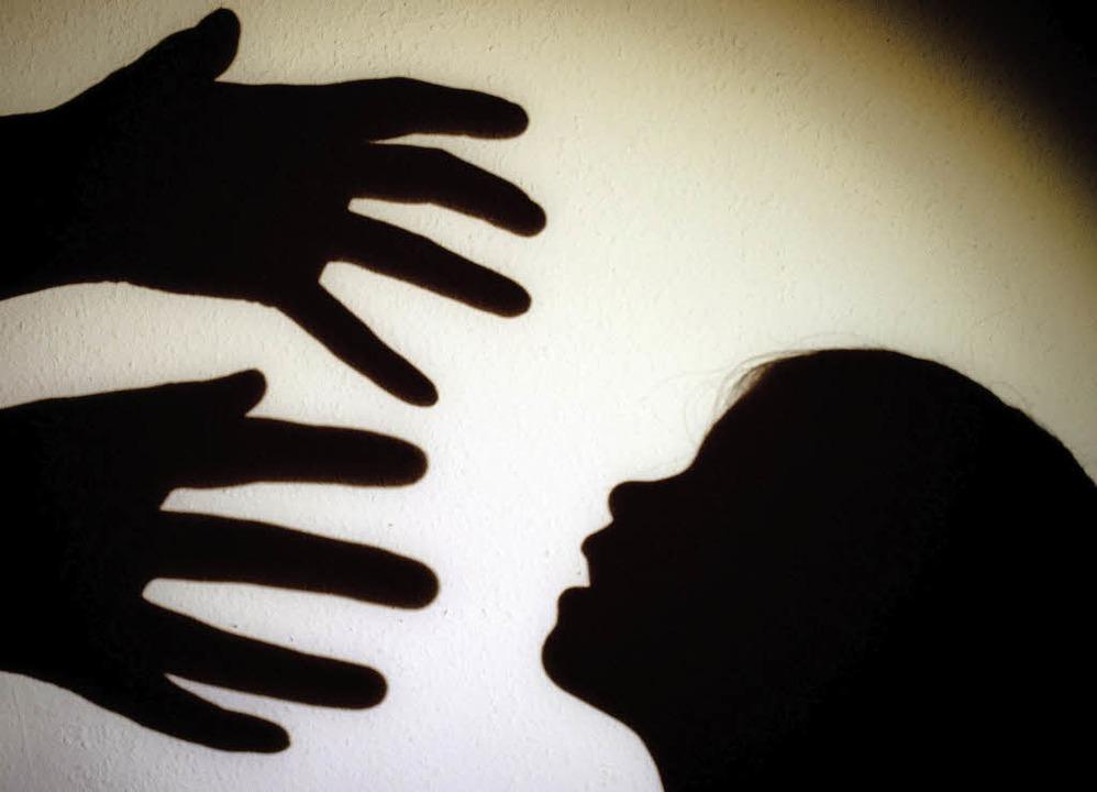 Wie können in Vereinen Übergriffe auf ...#8211; und was lässt sich dagegen tun?  | Foto: Symbol-Foto: Dpa