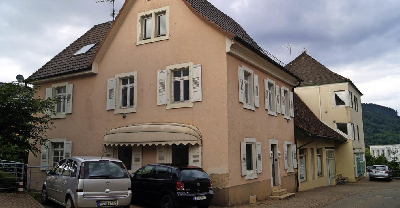 Die Häuser Luisenstraße 27 und 29 soll...das Gebäude Luisenstraße 27 zu sehen.   | Foto: Silke Hartenstein