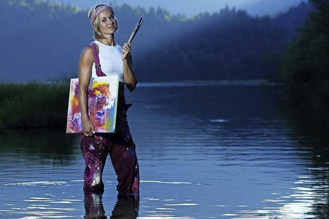 Ski-Langläuferin Stefani Böhler stellt Malereien im Rahmen der Laufenburger Kulturtage aus